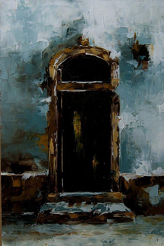 Old door. Old house, detail.