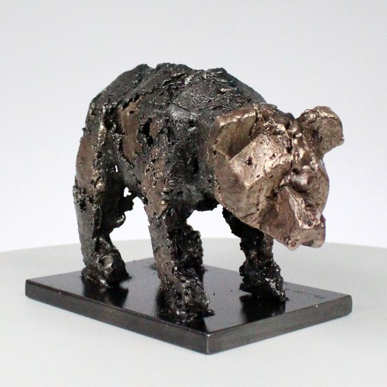 Bear 110-21 - Metal animal sculpture - bronze and steel lace