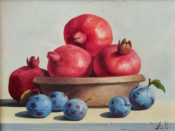 Still life with pomegranates and plums (24x30cm, oil painting, ready to hang)