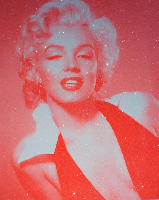Marilyn Monroe-Neon Red (diamond dust)