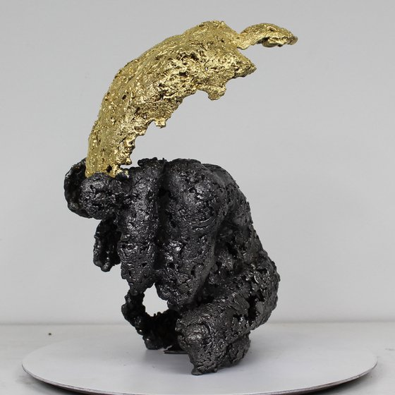 Pavarti Platon - Steel and gold body Man sculpture