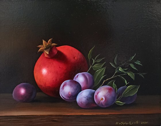 Still life with pomegranate and plums (24x30cm, oil painting, ready to hang)