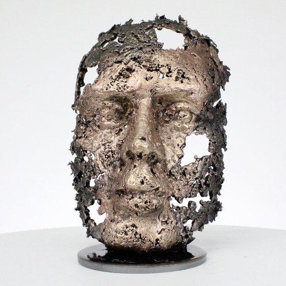 A tear 58-21 - Face sculpture bronze steel