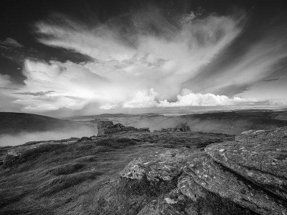 Granite, mist and cloud - Hookney Tor