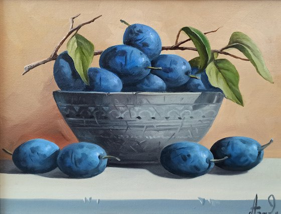 Still life with plums-4 (24x30cm, oil painting, ready to hang)