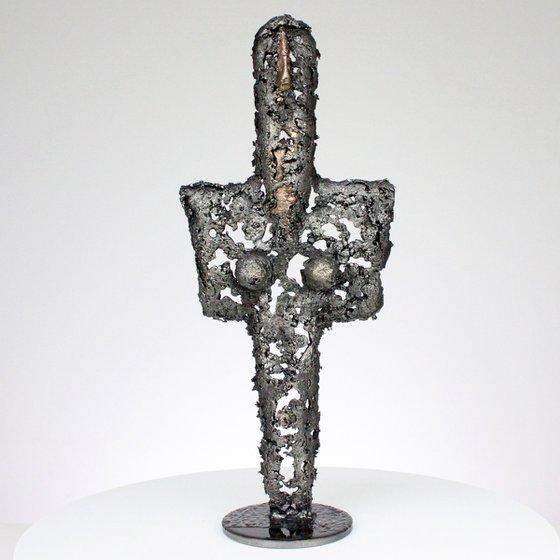 Idol CLXV - Metal sculpture bronze body and steel