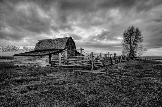 Dramatic photo of Moulton barn.