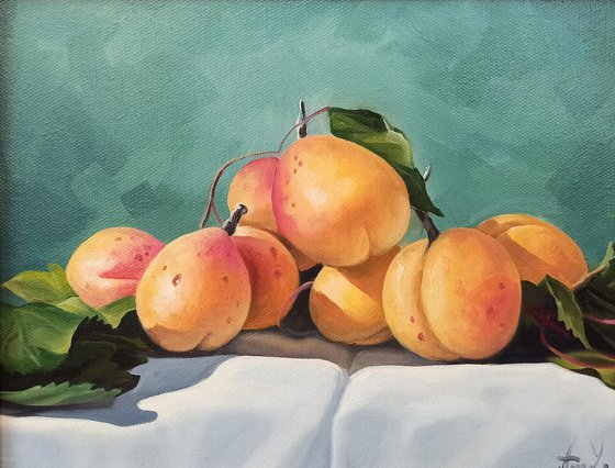 Still life with apricot (24x30cm, oil painting, ready to hang)