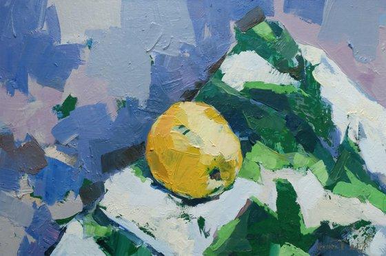 no.18 yellow apple