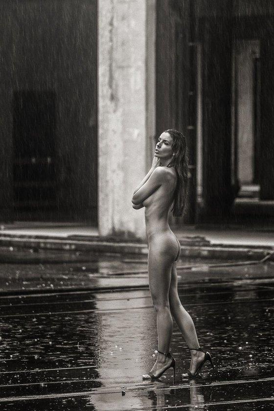Rainy days IV. - Art nude