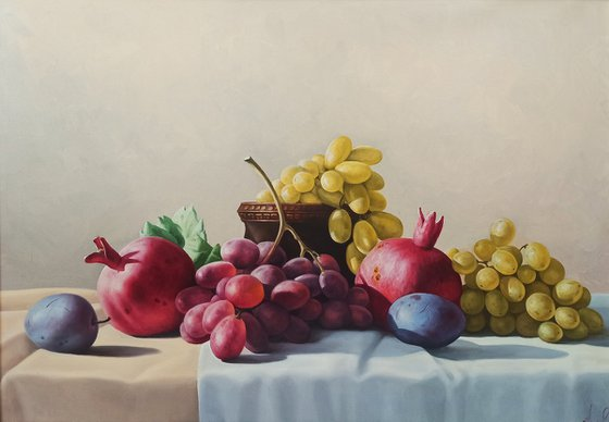 Still life with autumn fruits(50x70cm, oil painting, ready to hang)