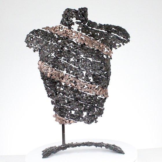 Belisama The ribbon woman - Metal sculpture female bust steel bronze