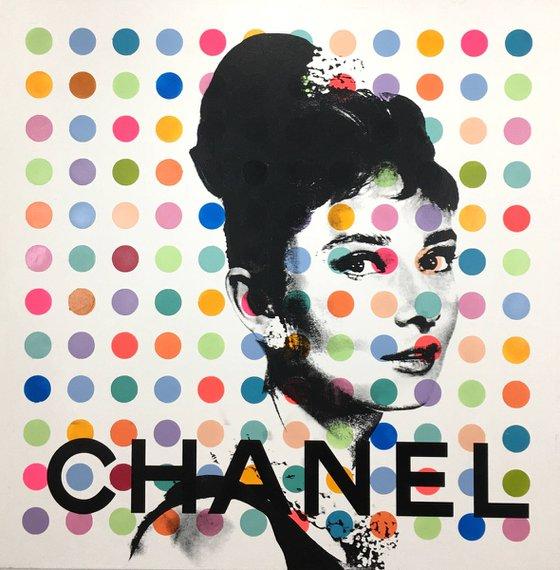 Audrey Hepburn X Chanel