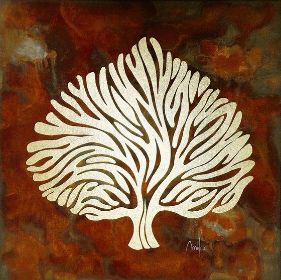 Antic tree 4