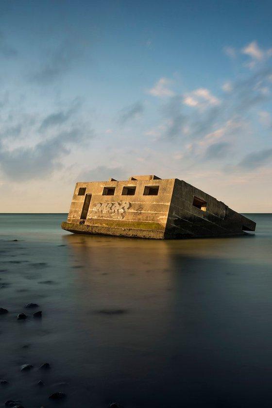 Sinking bunker