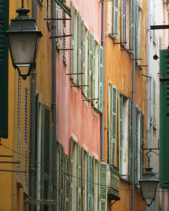 Old town, Nice, French Riviera street scene