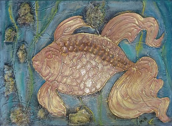 Golden fish(30x40cm, Made by natural things, ready to hang)