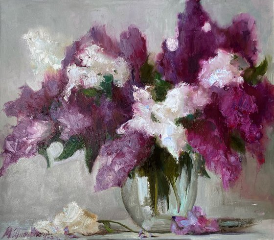 """""""Lilacs in a glass vase"""" Canvas / Oil;  size 80x70cm.  Free shipping"""