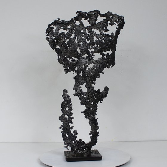 Pavarti Barong - steel body man