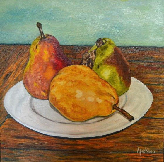 Three Pears, three hues
