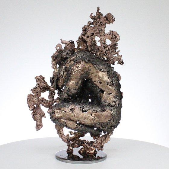 The mountain yogi I - male body lace metal artwork bronze steel