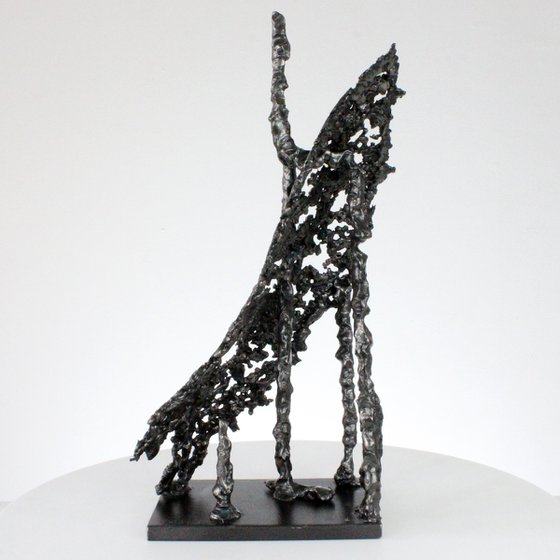 Line of light 83-21 - Abstract sculpture in metal lace
