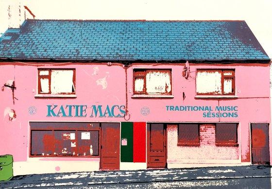 Irish shop fronts - Katie Macs