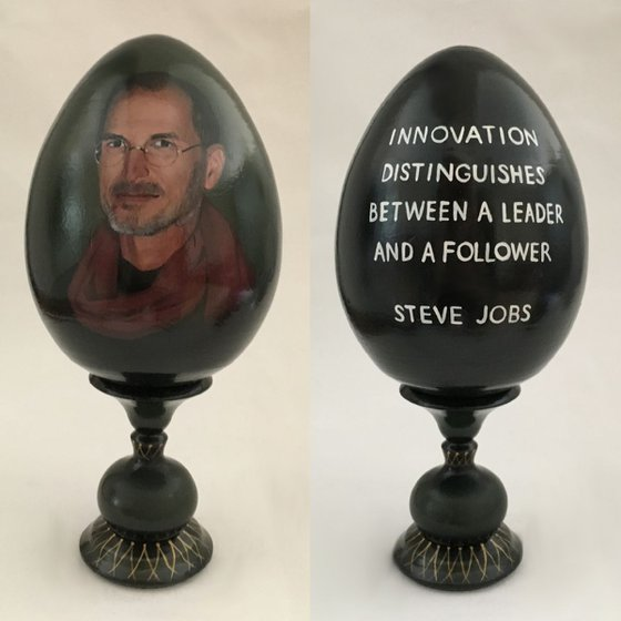 Portrait and quote of Steve Jobs. Lacquered art painted of wooden egg