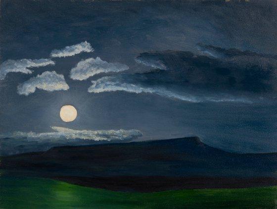 Full Moon Rising, Mt Magazine
