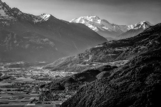 Between Vaud and Valais, the Rhone valley