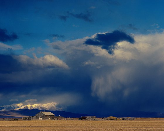 Storm in the Chuy valley