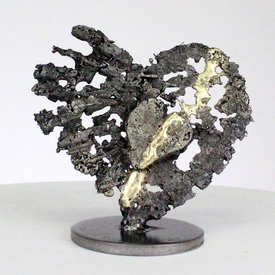 Heart to heart XIV - heart artwork steel brass
