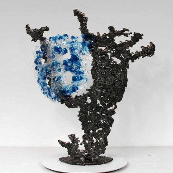 Belisama blue sea - Body woman sculpture metal bronze , steel and glass